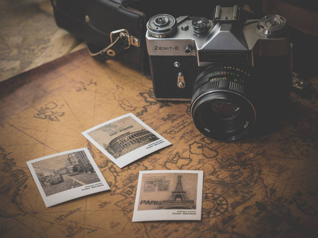 Rescue your valuable old photos before it's too late
